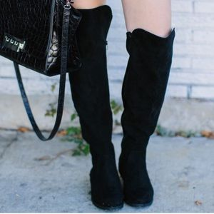 Dramatic Zipper Low Heel Over The Knee Boots